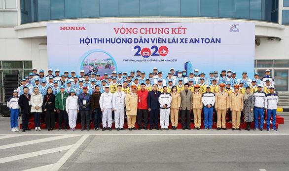 Vòng chung kết hội thi Hướng dẫn viên lái xe an toàn năm 2020 - Ảnh 1.
