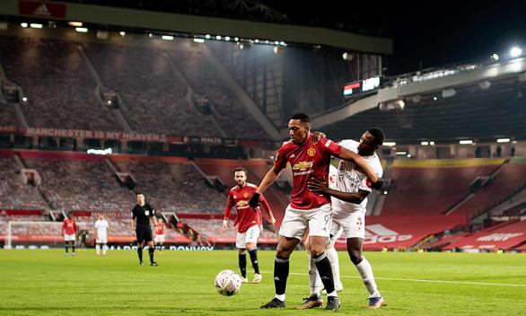 Man Utd chạm trán Liverpool tại vòng 4 Cúp FA - Ảnh 1.