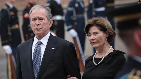 Ποιες επιστολές γράφουν οι κατεστημένοι πρόεδροι των ΗΠΑ στους διαδόχους τους;  Φωτογραφία 3.