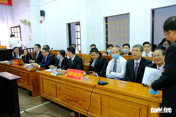 Một bị cáo nghi bị bệnh tâm thần, hoãn phiên tòa xử đại gia Trịnh Sướng - Ảnh 5.