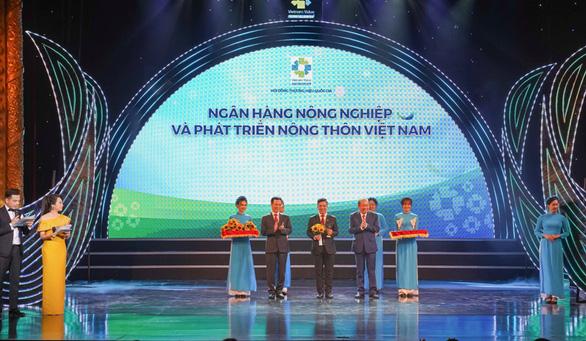 Agribank bội thu nhiều giải thưởng lớn - Ảnh 1.