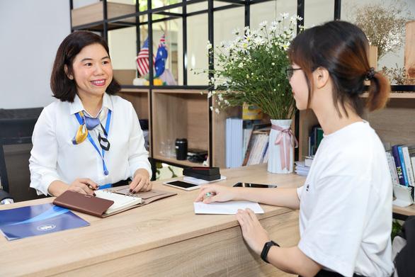 Ra mắt phòng chăm sóc và hỗ trợ người học đầu tiên ở trường đại học - Ảnh 1.