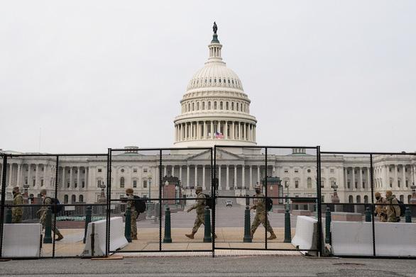 آقای ترامپ برای دفاع از مراسم تحلیف بایدن در پایتخت وضعیت اضطراری اعلام کرد - عکس 1.