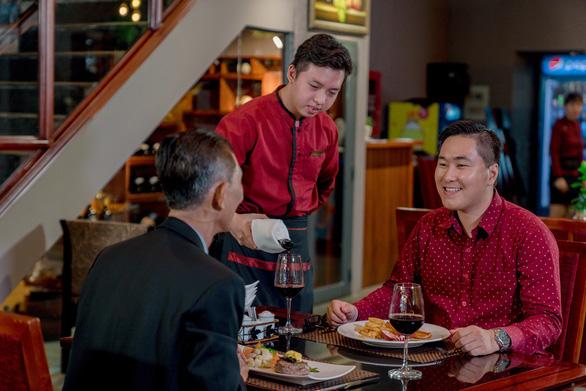 Saigontourist Group: Siêu khuyến mãi voucher phòng ngủ 5 sao - Ảnh 3.