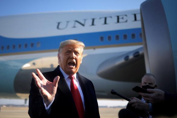 Ông Trump phủ nhận trách nhiệm trong vụ bạo loạn Điện Capitol - Ảnh 1.