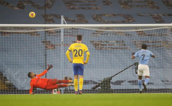 Đá bại Brighton, Man City gia tăng sức ép lên Liverpool và Man Utd - Ảnh 3.