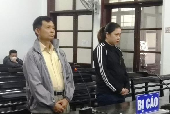 Cựu giám đốc Sở Ngoại vụ kêu chứng cứ kết tội bị cáo không được giám định - Ảnh 1.