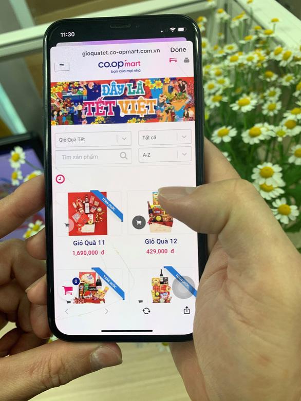 Hệ thống siêu thị Co.opmart, Co.opXtra bắt đầu nhận giao giỏ quà Tết miễn phí toàn quốc - Ảnh 3.