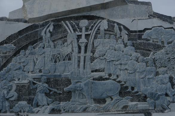 Làm 1km đường dẫn lên tượng đài NTrang Lơng, sao dự chi đến 77 tỉ? - Ảnh 4.