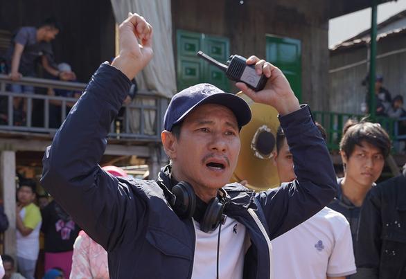 Toàn 100 tỉ, 200 tỉ nhưng phim Việt chết như ngả rạ - Ảnh 1.