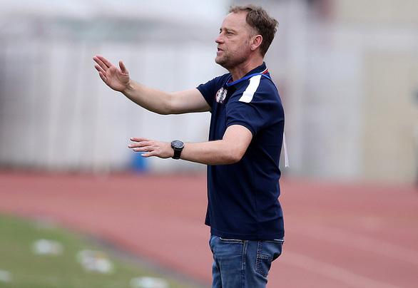 V-League 2021: Thách thức cho 3 HLV ngoại - Ảnh 2.