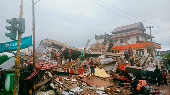 Động đất mạnh ở Indonesia, ít nhất 34 người chết, hơn 600 người bị thương - Ảnh 1.