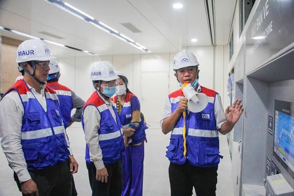 Giao mặt bằng metro Bến Thành - Tham Lương sớm, dân được mời thăm ga Nhà hát thành phố - Ảnh 3.