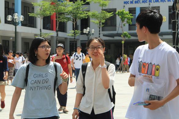 Năm học 2021-2022, Hà Nội sẽ thi 4 môn để tuyển sinh lớp 10 - Ảnh 1.