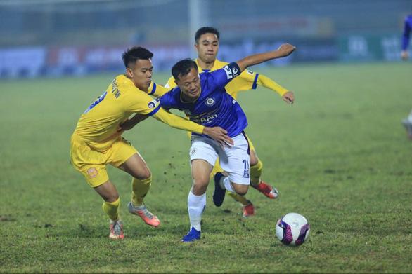 V-League 2021: Nhờ đâu chủ nhà Nam Định tạo nên cơn 'địa chấn' trước CLB Hà Nội? - Ảnh 2.