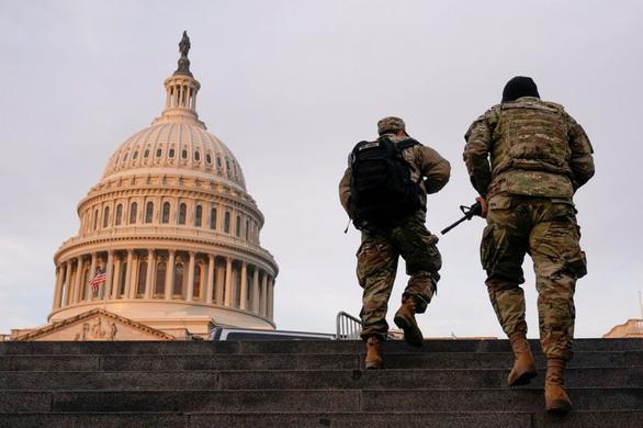 Washington dần trở thành pháo đài trước lễ nhậm chức của ông Biden - Ảnh 3.