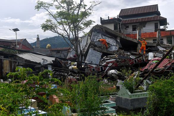 Động đất cướp đi sinh mạng 78 người tại Indonesia - Ảnh 1.