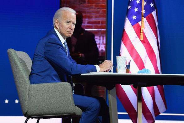 Bloomberg: Ông Biden muốn xóa di sản của Trump thì phải mất nhiều tháng - Ảnh 1.