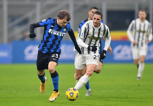 Ronaldo bị từ chối bàn thắng, Juve gục ngã trước Inter Milan - Ảnh 4.
