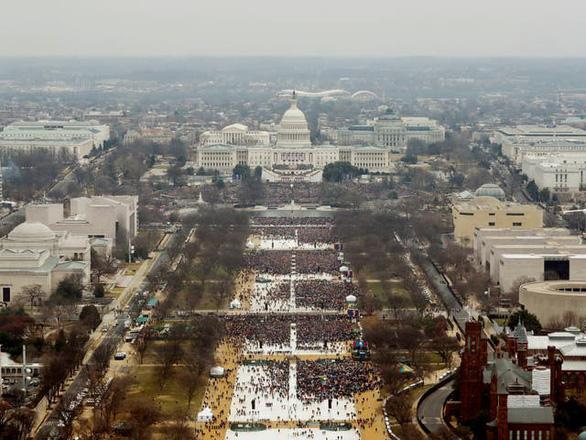 Nhìn lại nhiệm kỳ 4 năm của Tổng thống Donald Trump qua ảnh - Ảnh 2.