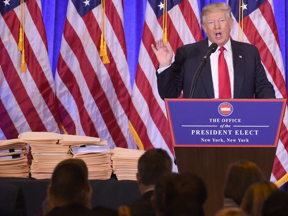 Nhìn lại nhiệm kỳ 4 năm của Tổng thống Donald Trump qua ảnh - Ảnh 1.