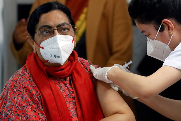 Vì sao hàng chục ngàn người Ấn Độ trốn tiêm vắc xin COVID-19? - Ảnh 1.
