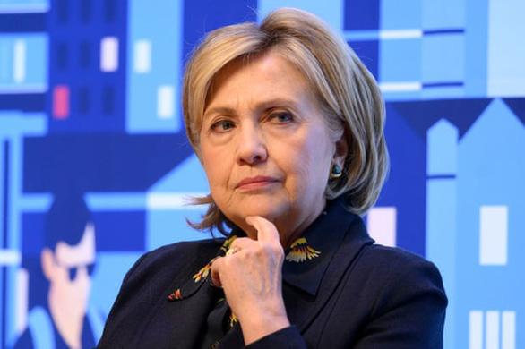 Hai bà Pelosi, Hillary nghi ông Trump liên lạc với ông Putin trong bạo loạn Đồi Capitol - Ảnh 2.
