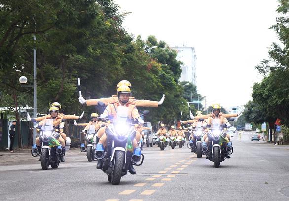 Phân luồng giao thông từ xa, tránh ùn tắc giao thông để phục vụ Đại hội Đảng XIII - Ảnh 1.