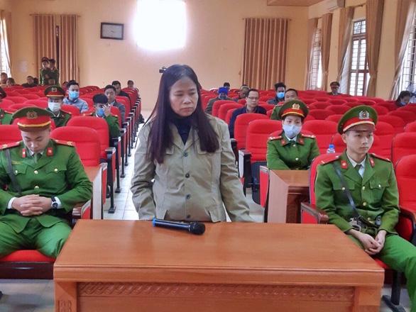Lãnh 2 năm tù vì đưa 3 người Trung Quốc vào Việt Nam trái phép - Ảnh 1.