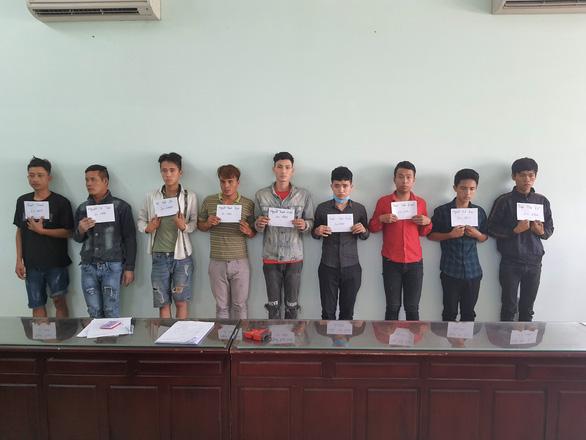 Bắt 9 người nghi truy sát thanh niên quê Đắk Lắk trong nhà hoang - Ảnh 1.