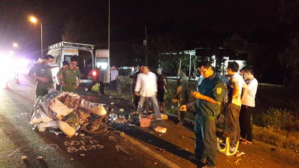 Tết dương lịch, Bình Thuận xảy ra nhiều vụ tai nạn chết người, kẹt xe - Ảnh 1.