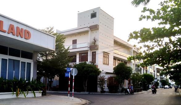 Cấm phát loa dụ chim yến trong các phường ở Khánh Hòa - Ảnh 1.