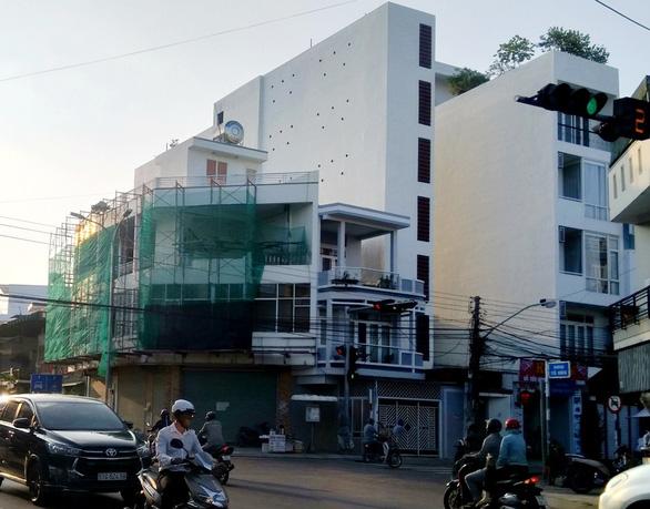 Cấm phát loa dụ chim yến trong các phường ở Khánh Hòa - Ảnh 2.
