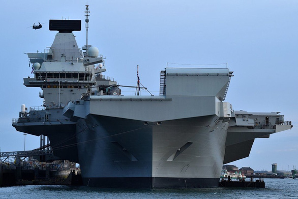 Trung Quốc dọa Anh về chuyện điều tàu sân bay mới đến Biển Đông - Ảnh 1.