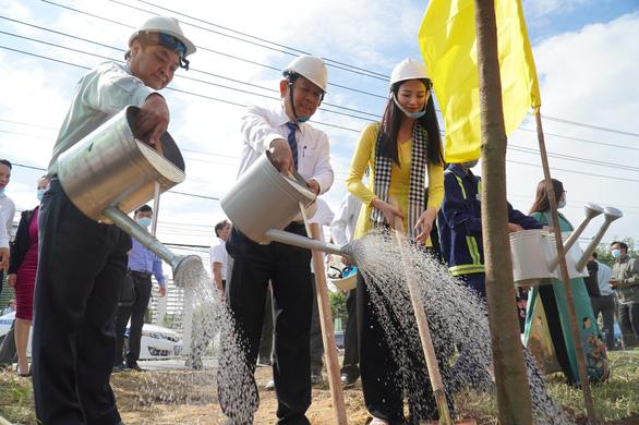 Bến Tre vận động trồng 10 triệu cây xanh - Ảnh 1.