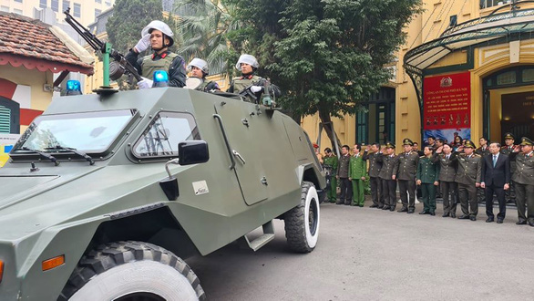 Công an Hà Nội huy động 100% quân số bảo vệ Đại hội Đảng lần thứ XIII - Ảnh 2.