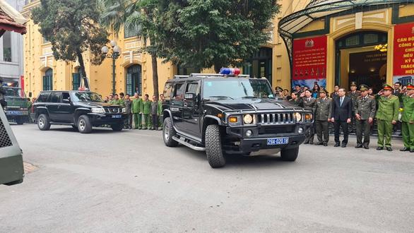 Công an Hà Nội huy động 100% quân số bảo vệ Đại hội Đảng lần thứ XIII - Ảnh 1.