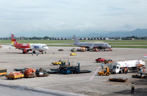 Chấn chỉnh hoạt động khai thác tại sân bay Nội Bài sau loạt sự cố - Ảnh 1.