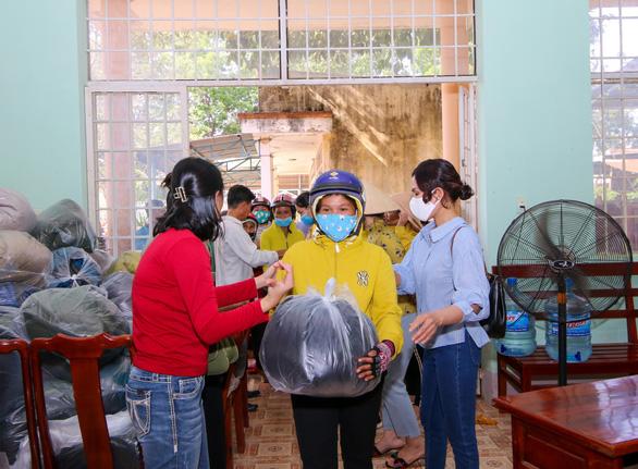 Khang Điền mang xuân yêu thương đến người dân xã An Khương, tỉnh Bình Phước - Ảnh 2.