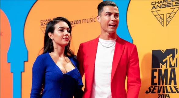 Điểm tin thể thao tối 20-1: Cầu thủ ở La Liga bị phạt 2 năm tù vì phát tán clip sex - Ảnh 4.