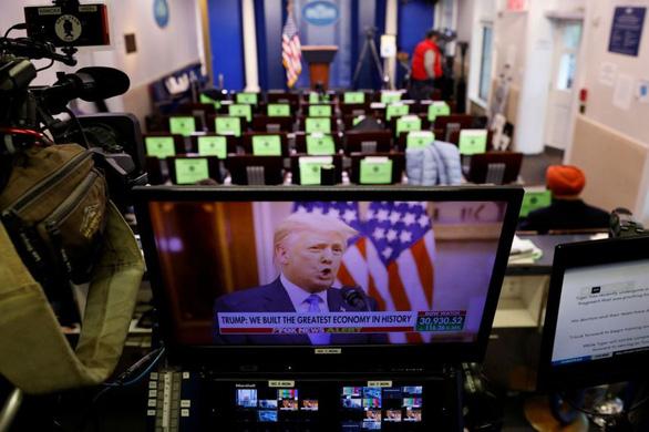 Phát biểu chia tay Nhà Trắng, ông Trump không thèm nhắc tên Biden - Ảnh 1.