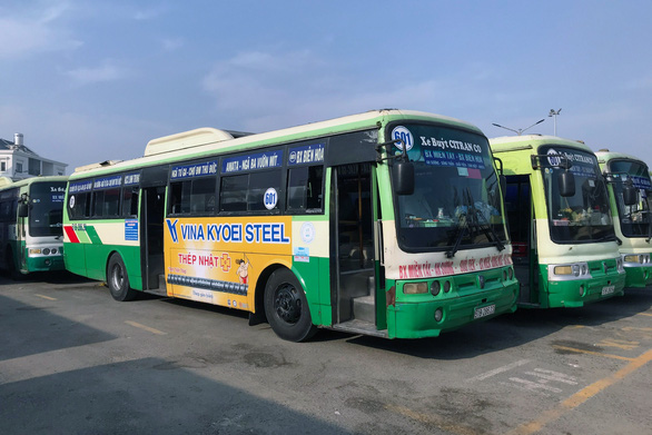 Xe buýt 601 nối Đồng Nai - TP.HCM bất ngờ ngừng nhiều chuyến - Ảnh 1.