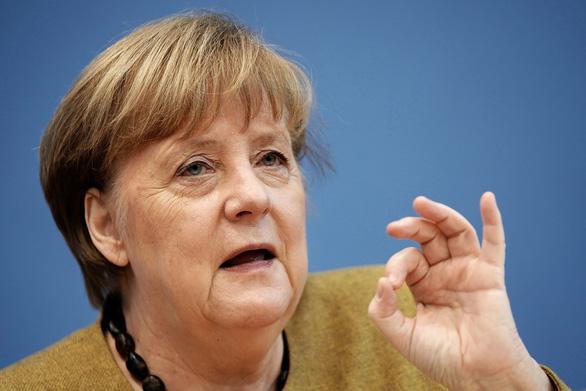 Thủ tướng Merkel kêu gọi dân ngưng phàn nàn chuyện chậm tiêm vắc xin COVID-19 - Ảnh 1.