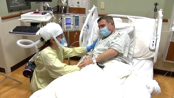 Bí ẩn COVID-19: Người bệnh bình phục nhưng thực sự chưa khỏi bệnh - Ảnh 1.