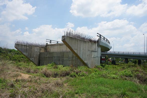 Đề xuất chấm dứt dự án BOT đường nối Võ Văn Kiệt đến cao tốc Trung Lương - Ảnh 1.