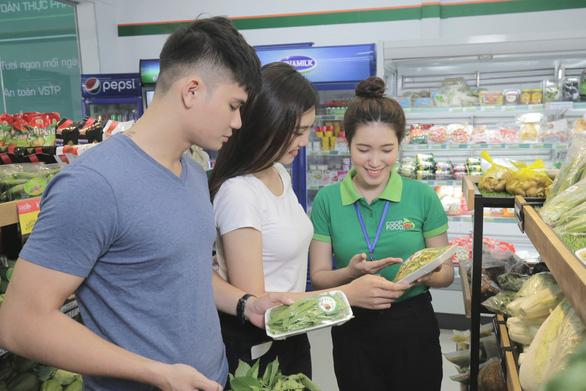 Đại gia bán lẻ Việt tuyển dụng quy mô lớn chuẩn bị bùng nổ? - Ảnh 2.