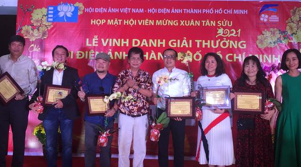 Tiệc trăng máu nhận giải thưởng Hội Điện ảnh TP.HCM - Ảnh 3.