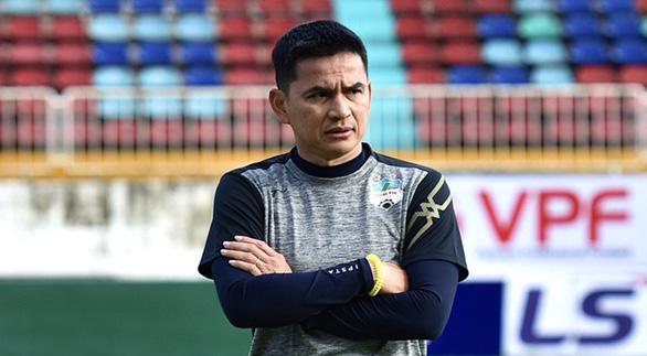 Vòng 2 V-League 2021: Chờ HLV Kiatisak viết lại lịch sử - Ảnh 2.