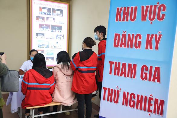 Thêm 2 bệnh nhân mới, hôm nay tròn 1 năm Việt Nam chống dịch COVID-19 - Ảnh 1.