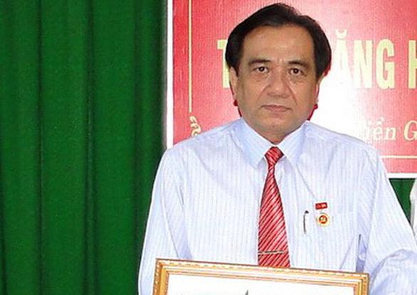 Bắt khẩn cấp chánh văn phòng Sở Y tế tỉnh Tiền Giang - Ảnh 1.